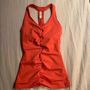 Lucy active top size XS